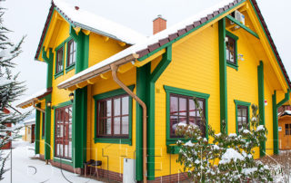 Gartenhaus im Schnee