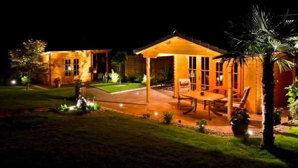 Gartenhaus mit Vordach PANORAMA V