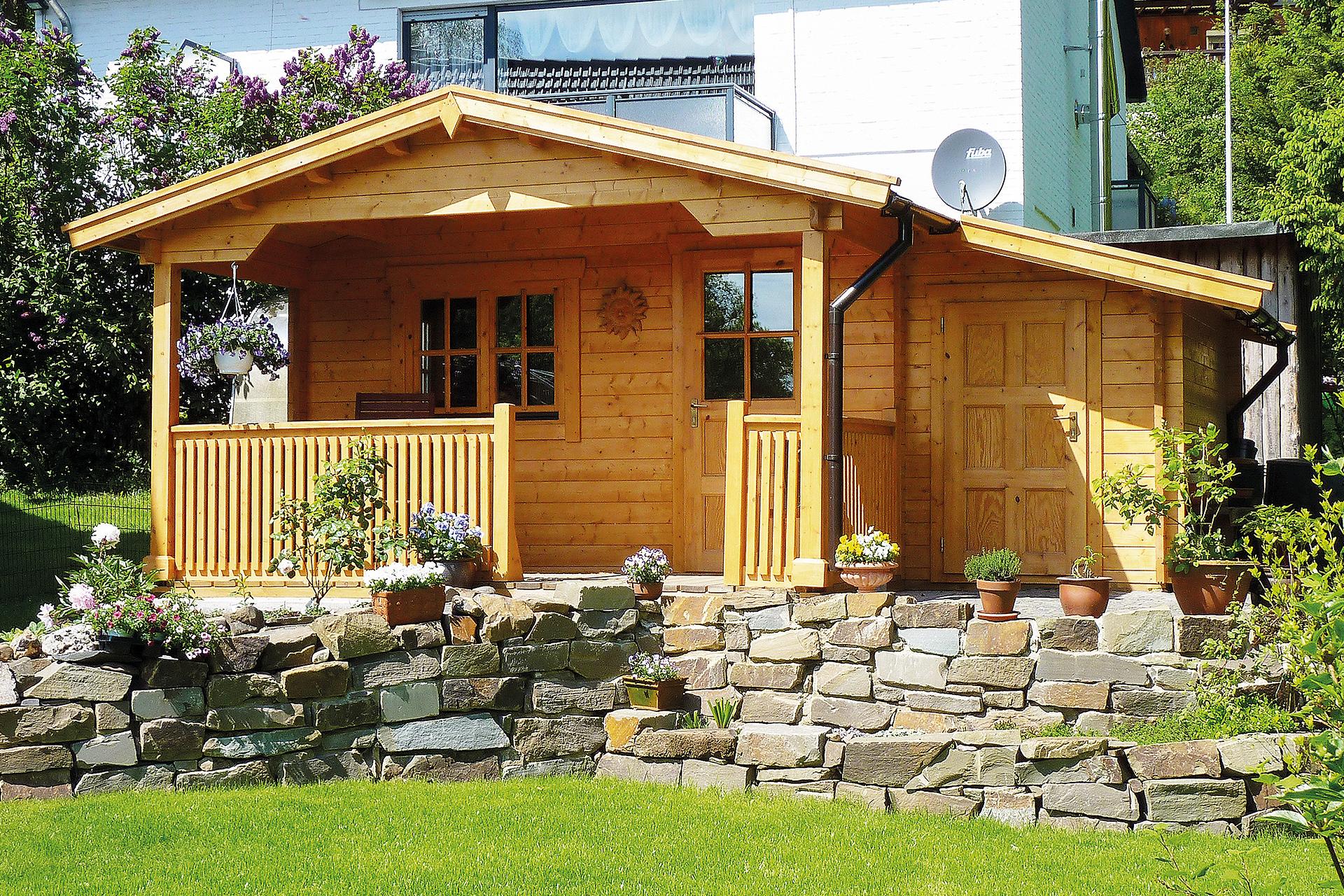Gartenhaus mit Terrasse und Anbau NIDA TA