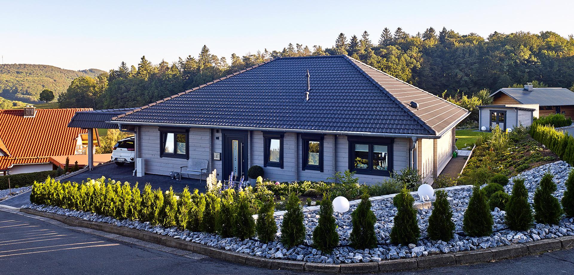 Wohnhaus - Wohnblockhaus Talblick